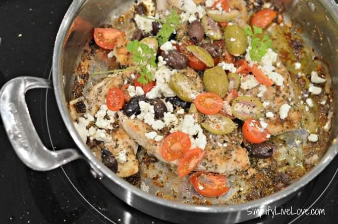 One of my Favorite Mediterranean Recipes - Yummy Greek Chicken from SimplifyLiveLove.com