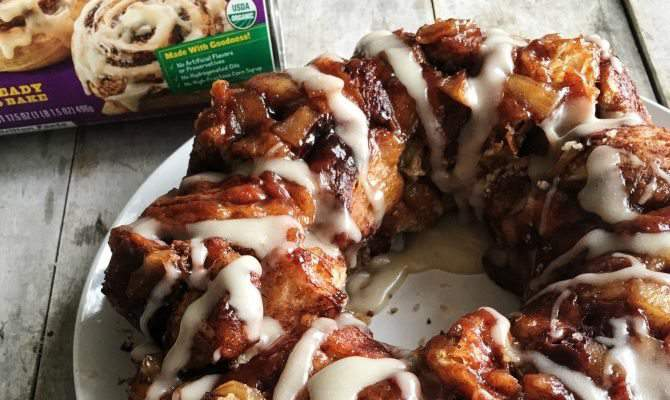 Ooey Gooey Caramel Apple Monkey Bread
