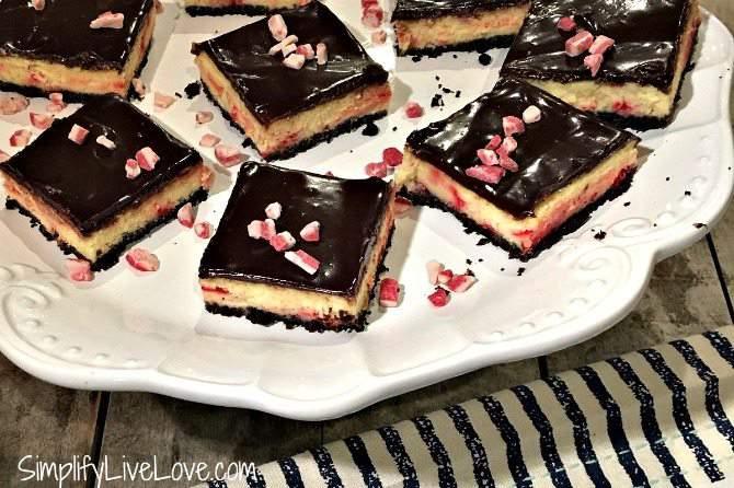 peppermint-sheet-pan-cheesecake