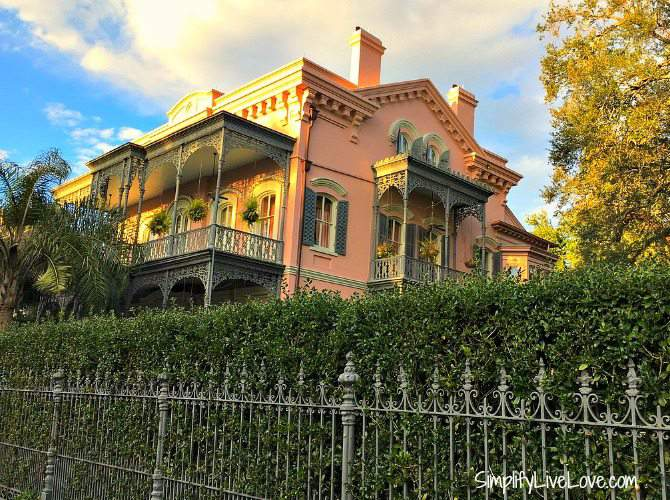 beautiful architecture in the Garden District