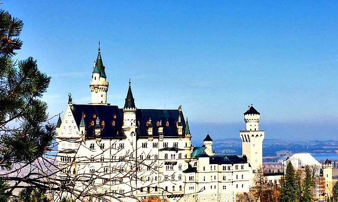 What to Know About Visiting Neuschwanstein with Kids
