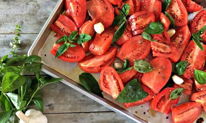 Easy, Homemade Roasted Tomato Sauce