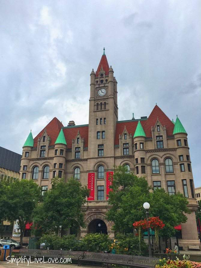 7 Best Family Friendly Indoor Activities in the Twin Cities - musuems in the Landmark Center in St. Paul